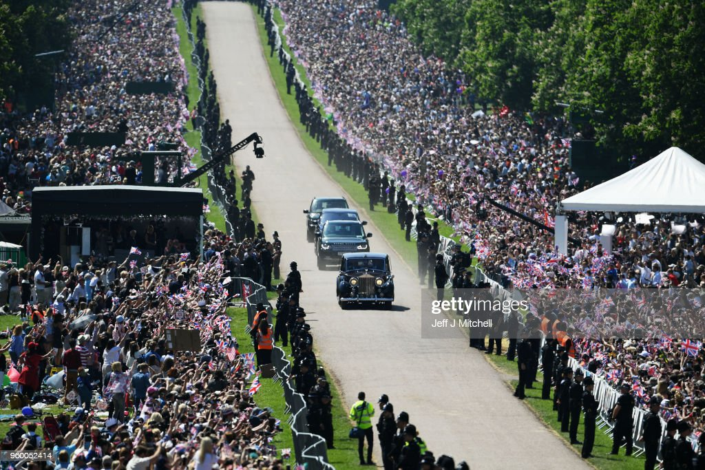 Ms. Meghan Markle's car makes it's way down The Long Walk during the wedding of Prince Harry Harry to Ms. Meghan Markle at Cambridge Gate on May 19, 2018 in Windsor, England.