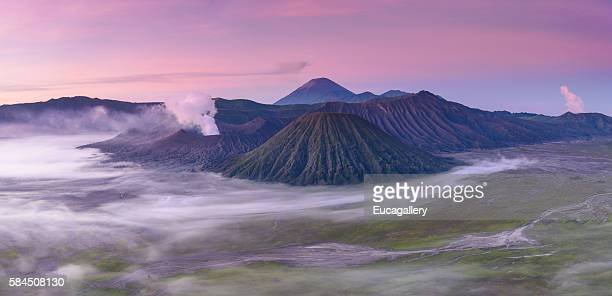 mt bromo sunrise - mt bromo stock photos and pictures