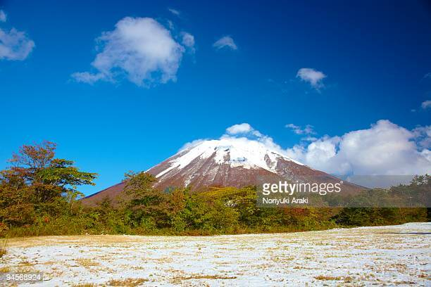 mt. daisen in autumn - tottori prefecture stock photos and pictures