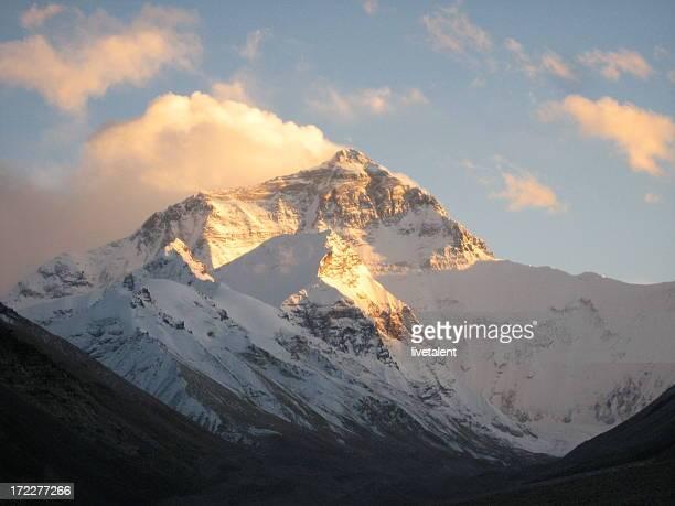 Mt. Everest bei Sonnenuntergang