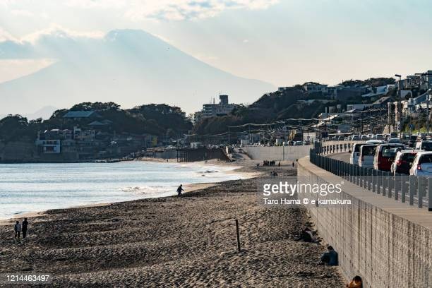 mt. fuji and coast road in kanagawa prefecture of japan - chigasaki stock pictures, royalty-free photos & images