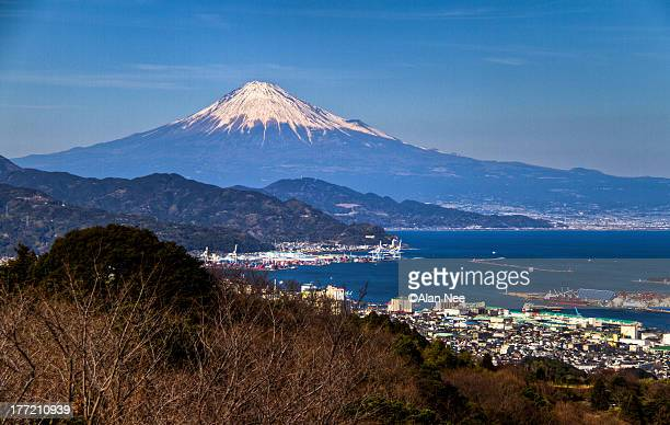 mt fuji and shimizu port - nee nee stock pictures, royalty-free photos & images