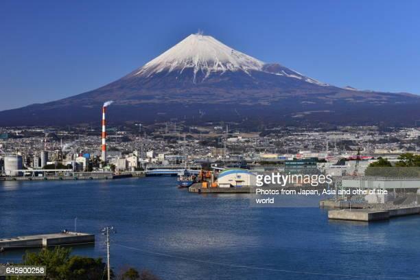 mt fuji and tagonoura bay, fuji city, shizuoka prefecture - 静岡県 ストックフォトと画像
