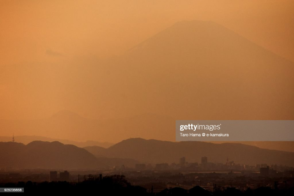 Mt. Fuji in Japan in the sunset sky : Stock-Foto