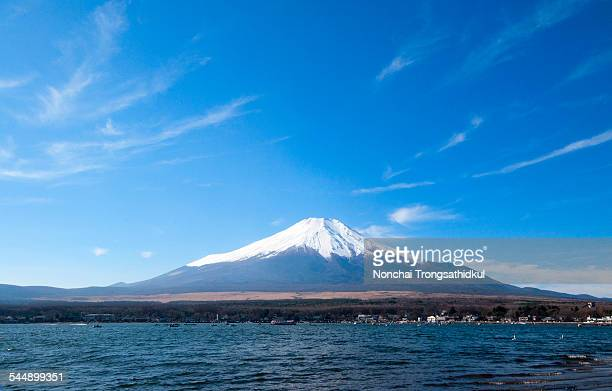 mt. fuji - yamanashi prefecture stock pictures, royalty-free photos & images