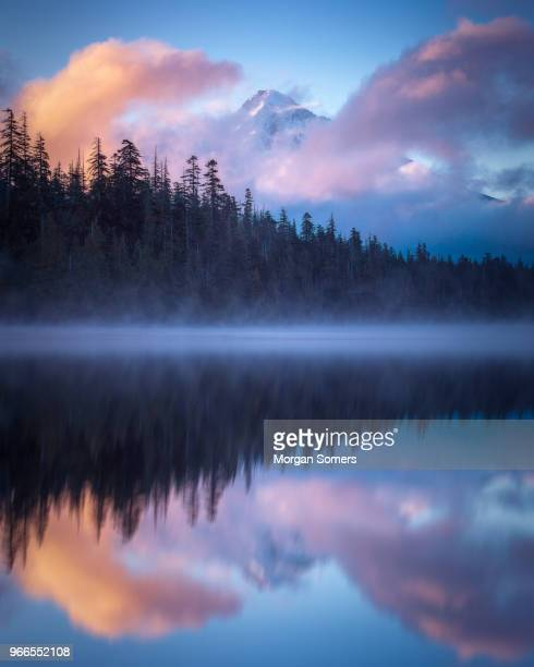 mt hood sunrise over lost lake oregon - mt hood stock pictures, royalty-free photos & images