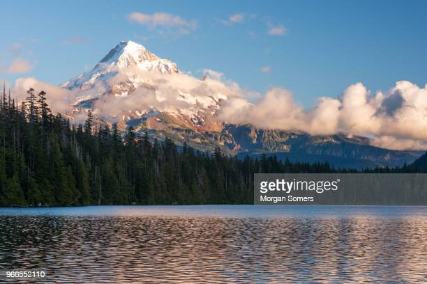mt hood sunrise over lost lake oregon - mt hood national forest stock pictures, royalty-free photos & images