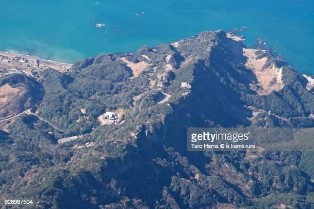 mt. nokogiri (nokogiri-yama) in kyonan town and futtsu city in chiba prefecture in japan daytime aerial view from airplane - 千葉県 ストックフォトと画像