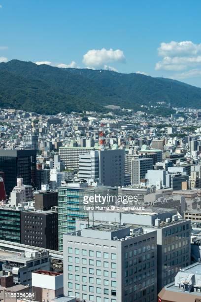 mt. rokko and city center in kobe - 兵庫県 ストックフォトと画像