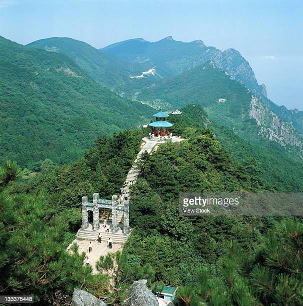 mt taishan,shandong,china - shandong province stock pictures, royalty-free photos & images