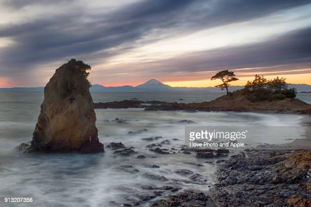 mt.fuji and clouds - fuji hakone izu national park stock photos and pictures