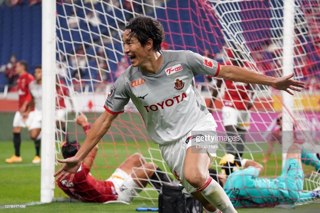 Urawa Red Diamonds v Nagoya Grampus - J.League Meiji Yasuda J1 : ニュース写真