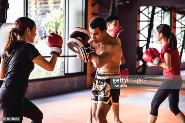 muay thai workout - motivational training at the gym facility - muay thai imagens e fotografias de stock