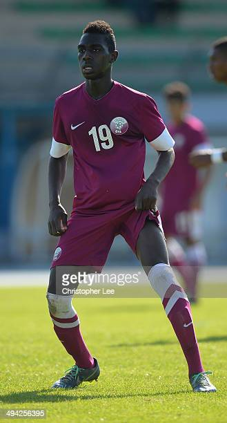Muaz Al Abdien of Qatar in action during the Toulon Tournament Group B match between Colombia and Qatar at the Stade De Lattre on May 28, 2014 in...