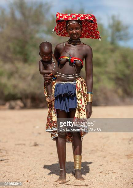 Mucubal tribe woman with her child Namibe Province Virei Angola on November 27 2010 in Virei Angola