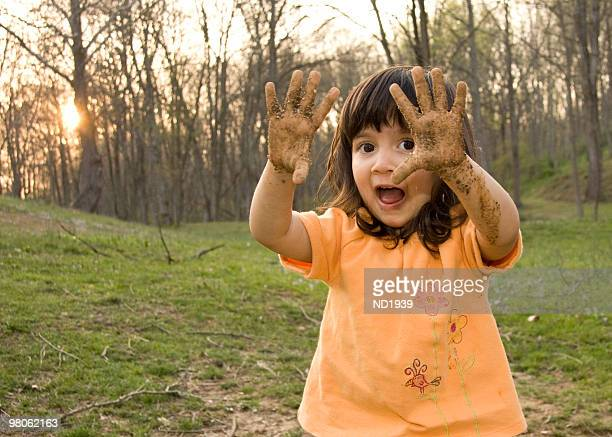 Muddy Hände