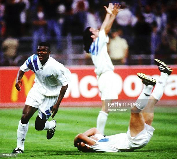 LANDESMEISTER FINALE 1993 Muenchen AC MAILAND OLYMPIQUE MARSEILLE 01 SCHLUSSJUBEL Marcel DESAILLY Franck SAUZEE Eric DI MECO/MARSEILLE