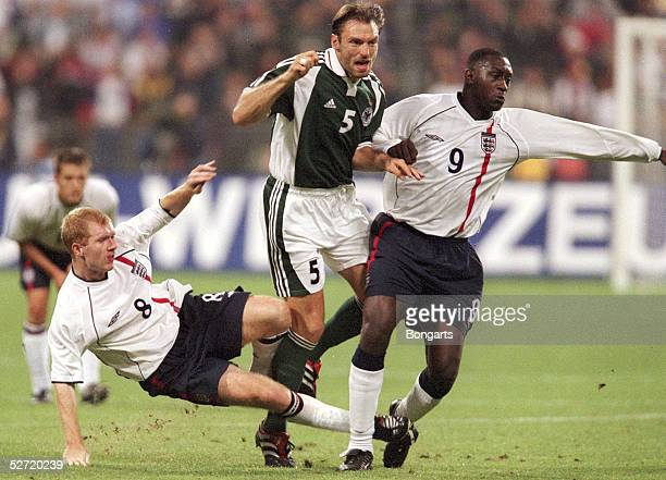 QUALIFIKATION 2001 Muenchen DEUTSCHLAND ENGLAND 15 Paul SCHOLES/ENG Jens NOWOTNY/GER Emile HESKEY/ENG