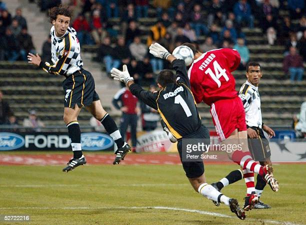 LEAGUE 01/02 Muenchen FC BAYERN MUENCHEN BOAVISTA PORTO 10 Jorge SILVA RICARDO/BOAVISTA Claudio PIZARRO/BAYERN