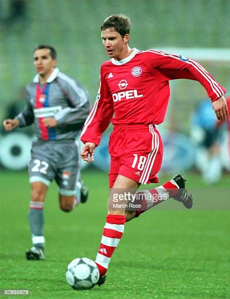 LEAGUE 00/01 Muenchen FC BAYERN MUENCHEN OLYMPIQUE LYON 10 Michael TARNAT/MUENCHEN