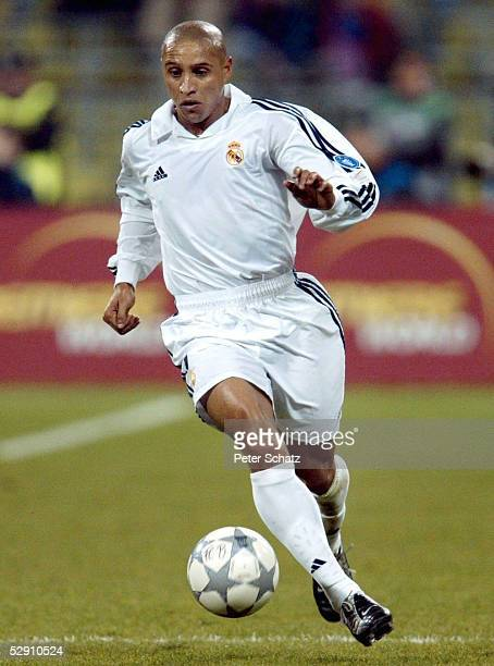 LEAGUE 01/02 Muenchen FC BAYERN MUENCHEN REAL MADRID 21 ROBERTO CARLOS/REAL