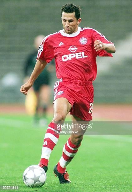LEAGUE 01/02 Muenchen FC BAYERN MUENCHEN SPARTA PRAG 00 Hasan SALIHAMIDZIC/BAYERN