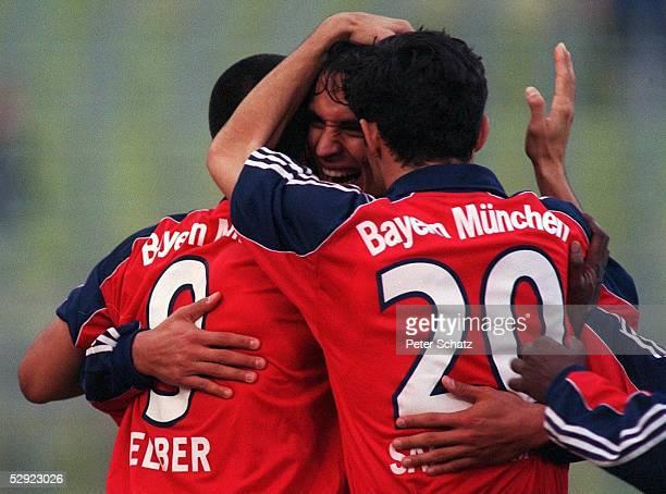1 BUNDESLIGA 99/00 Muenchen FC BAYERN MUENCHEN VFL WOLFSBURG 50 Giovane ELBER Roque SANTA CRUZ Hasan SALIHAMIDZIC/BAYERN