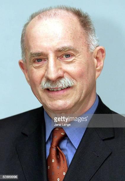 SAT1 stellt RAN WM TEAM 2002 vor KOMMENTATOR Werner HANSCH