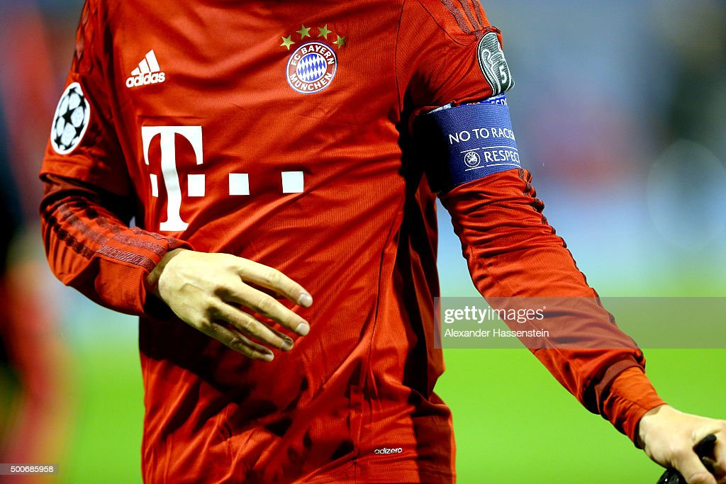 GNK Dinamo Zagreb v FC Bayern Munchen - UEFA Champions League : News Photo