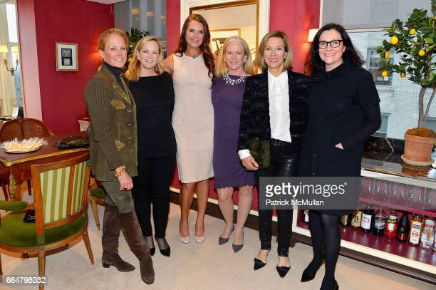 Muffie Potter Aston Patricia Hearst Shaw Brooke Shields Anne Hearst McInerney Judy Gordon Cox and Leslie Stevens attend Verdura Celebrates the Hearst...
