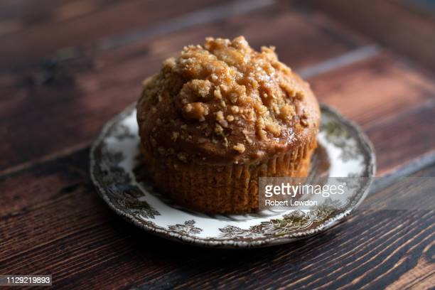 muffin - muffin stock pictures, royalty-free photos & images