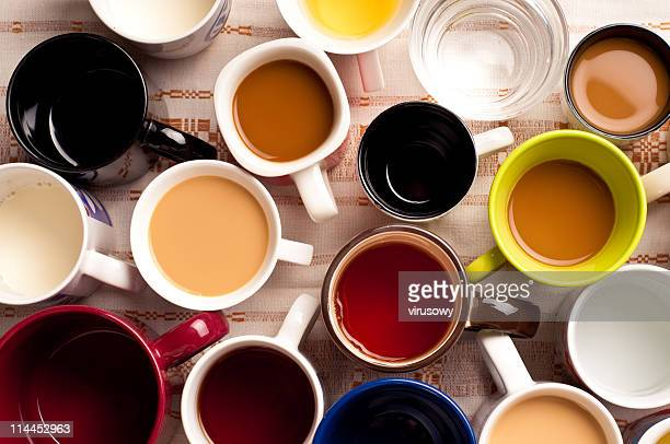 mugs with drinks - hot tea stock pictures, royalty-free photos & images