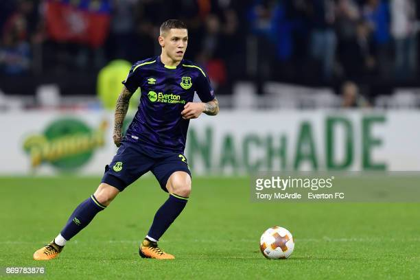 Muhamed Besic of Everton on the ball during the UEFA Europa League match between Olympique Lyon and Everton at Groupama Stadium on November 2 2017 in...