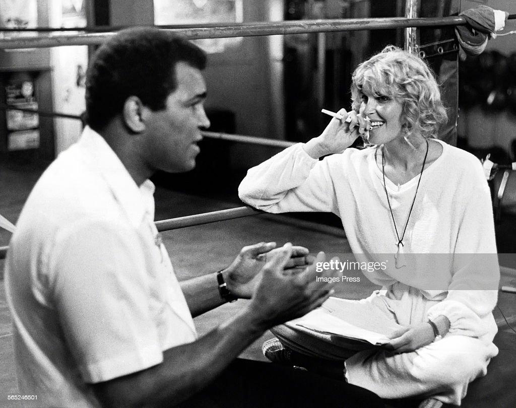 Muhammad Ali and Bo Derek... : ニュース写真
