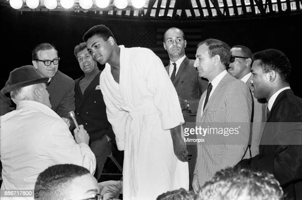 Muhammad Ali and Ernie Terrell met to end the confusion about who was the legitimate heavyweight champion Before the bout Terrell repeatedly called...