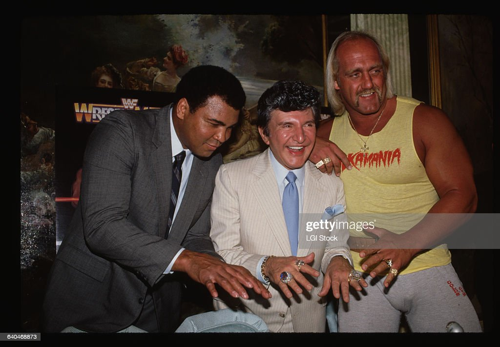 Muhammad Ali, Liberace, and Hulk Hogan : News Photo