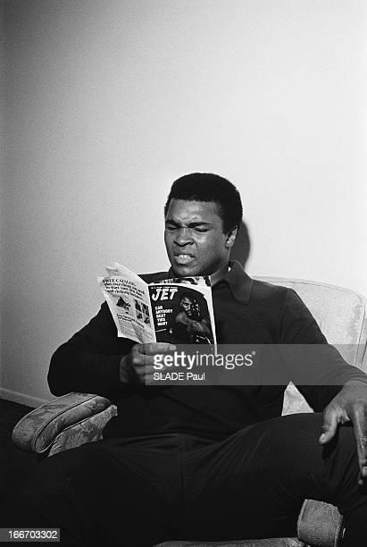 Muhammad Ali Prepares His Fight Against The World Champion Joe Frazier. Muhammad ALI prépare à 29 ans son combat contre le champion du monde Joe...