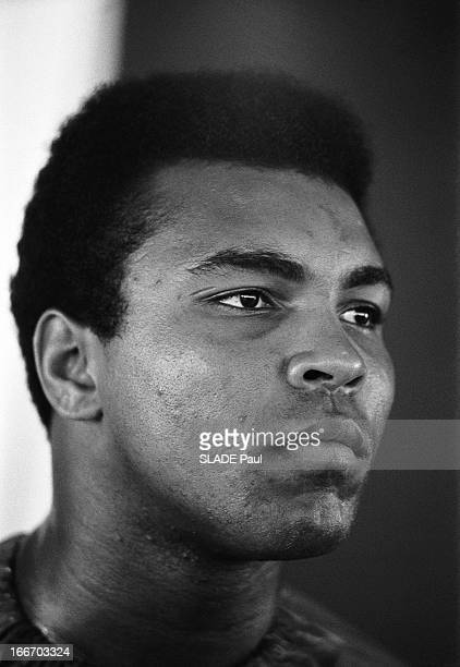 Muhammad Ali Prepares His Fight Against The World Champion Joe Frazier Muhammad ALI prépare à 29 ans son combat contre le champion du monde Joe...
