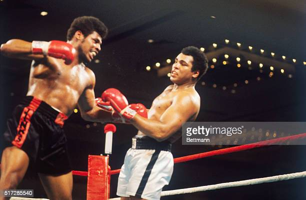 Muhammad Ali vs Leon Spinks action during world heavyweight championship fight Leon Spinks won the 15 round split decision Here Spinks cocks right as...