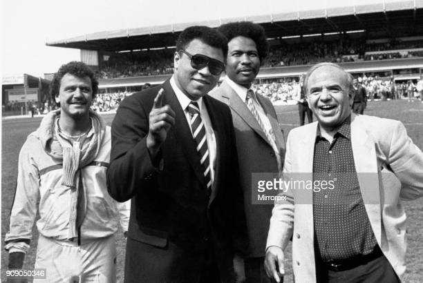 Muhammad Ali wave to the St Andrews crowd watched by councillor James Hunte and associates Michale Zambouros and Scott Weinburger 4th May 1984