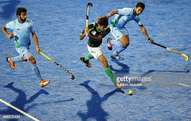Muhammad SR Rizwan of Pakistan shoots at goal during the menÕs hockey gold medal match on day thirteen of the 2014 Asian Games between India and...
