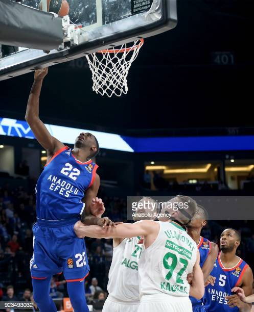 Muhaymin Mustafa of Anadolu Efes in action against Edgaras Ulanovas and Arturas Milaknis of Zalgiris Kaunas during the Turkish Airlines Euroleague...