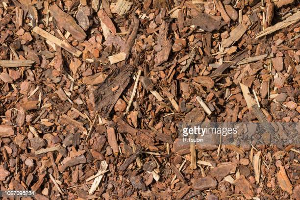 mulch wood bark material seamless texture background - mulch stock pictures, royalty-free photos & images