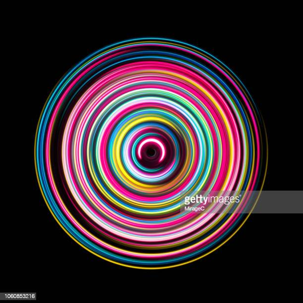 multi colored light trails swirl - image photos et images de collection