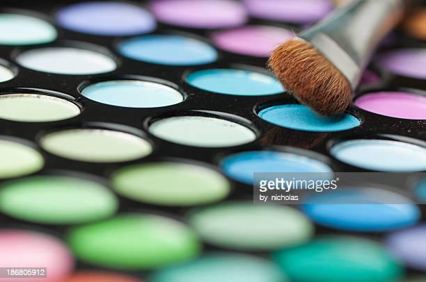 Bunt make-up und Frisieren