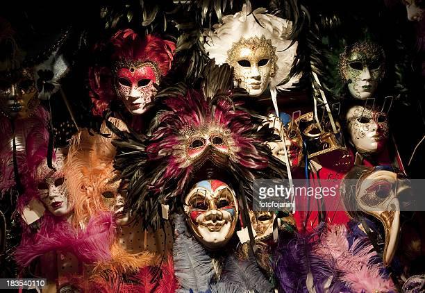Multicolore maschere
