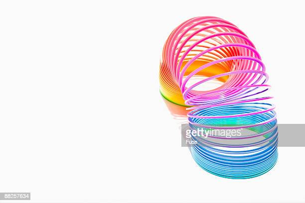 multicolor slinky - espiral de metal - fotografias e filmes do acervo