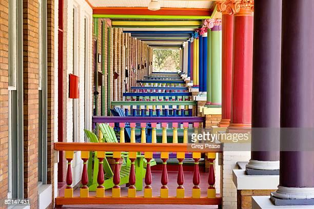 multi-colored rowhouse porches - baltimore stock-fotos und bilder