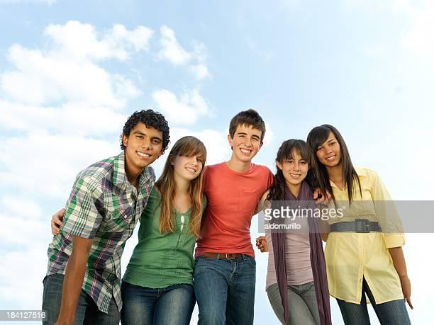 Multi-etnico adolescenti