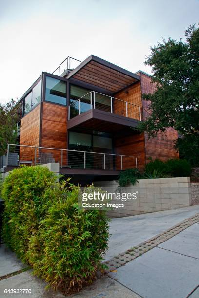 A multilevel prefab modular green home by the company LivingHomes Designed by architect Ray Kappe the first residence in the nation to receive LEED...